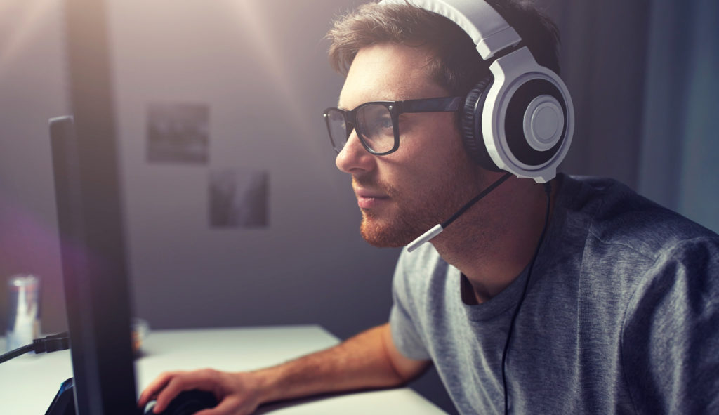 How to Keep Employees Engaged and Productive While Working at Home